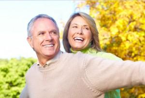dental-implants-couple